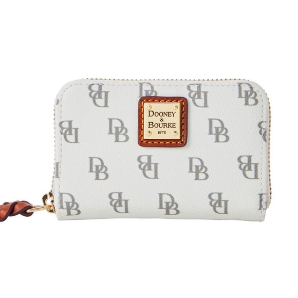 NWT! Dooney & Bourke large credit card case